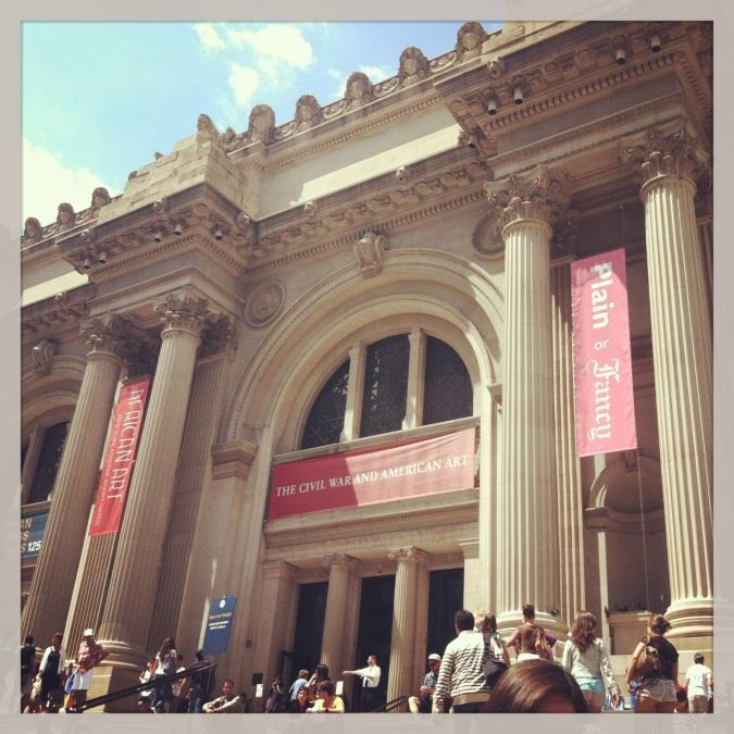 ^^ The Metropolitan Museum of Art steps. Always gorgeous.