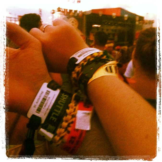 ^^Check out all the wrist tags we needed! Shuttle. Concert. Drinks. Boat. Check!