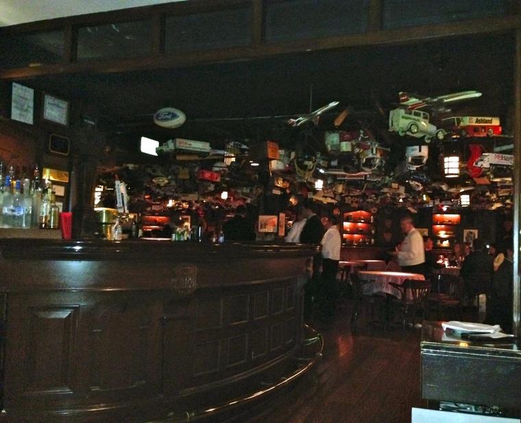 Bar_216
