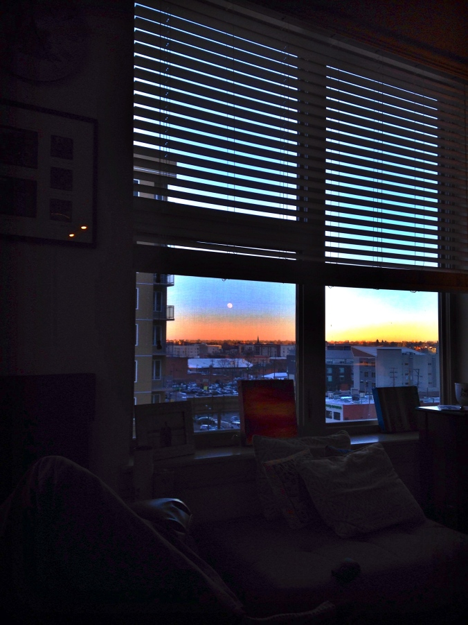 10WindowSunset