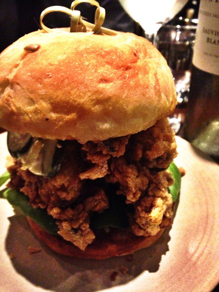 03Fried_Oyster_Sandwich